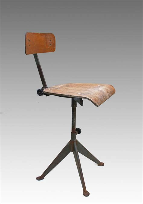 chaise d atelier jean prouve chaise d 39 atelier circa 1930 galerie tramway