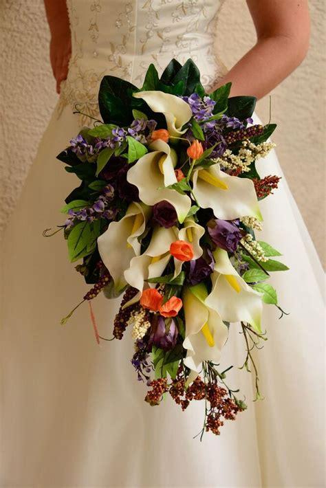 bride wedding bouquet fall calla lilies  ivorywhite