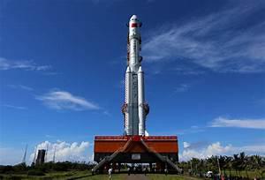 China debuts Long March 7 Rocket from new Wenchang ...