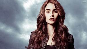 Clary - The Mortal Instruments City Of Bones Wallpape