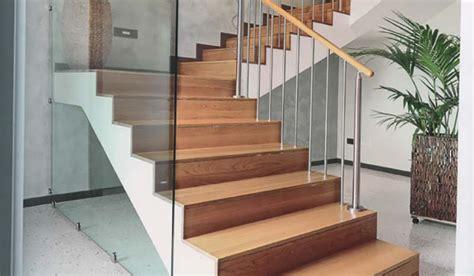 rivestire una scala in legno realizzazione scale in legno udine trieste gorizia friuli