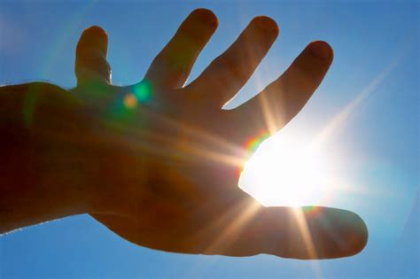 sensitive to light sun light and melanoma
