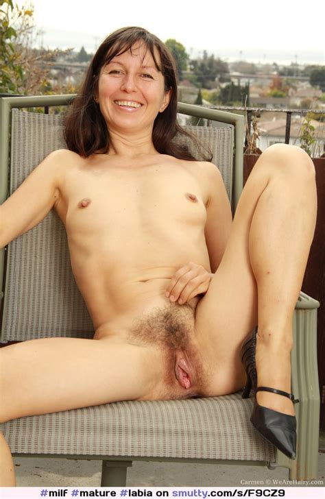 milf mature labia spread smalltits teeth