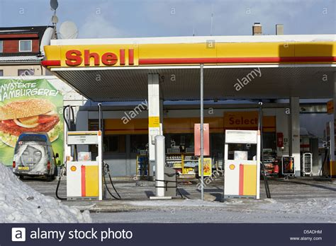 Shell Garage M1 by Shell Gas Petrol Service Station Stock Photos Shell Gas