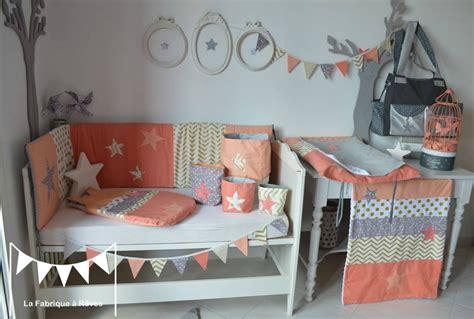 chambre peche décoration chambre bébé fille et linge de lit corail