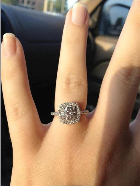 calling all ladies with cushion cut halos with a round