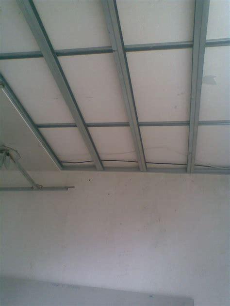 fabriquer un plafond suspendu atlub