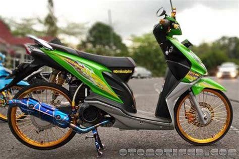 Motor Thailook Beat by 200 Modifikasi Motor Beat 2019 Babylook Thailook
