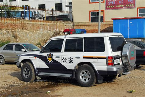 police jeep cherokee chinese police jeep cherokee photo brian mcmorrow photos
