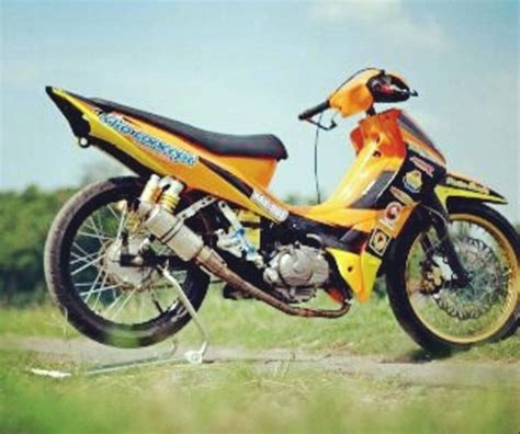Foto Motor Road Race by Konsep Modifikasi Supra X 125 Road Race Paling Sporty Dan