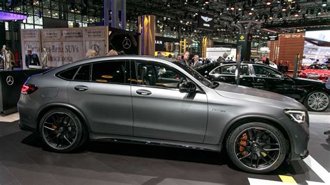 Viewed from the front, the amg glc 63 resembled the shapes of the glc, with the same aggressive grille in the front, inspired by the amg gt. Mercedes-AMG GLC 63, 63 Coupe Introduce Their Ample Power ...