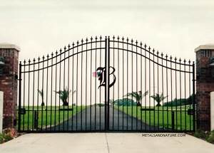 driveway gatedriveway gate double swing 11jpg los With metal letters for entrance gates