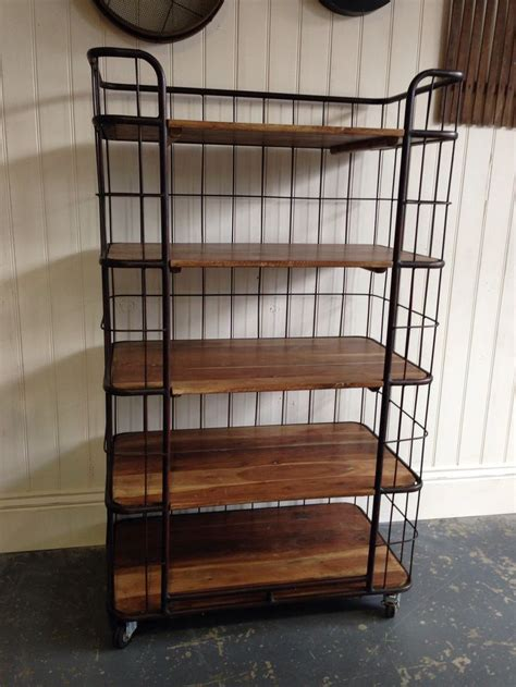 vintage style bakers rack   delivered today great