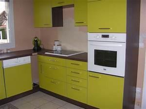 Cuisine mobalpa verte for Deco cuisine pour mobilier de cuisine