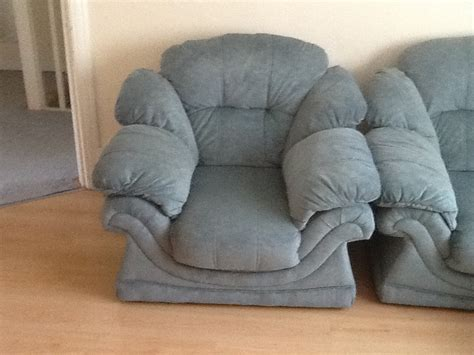 2 Seater Settee Second second two seater settee and two chairs bbx uk