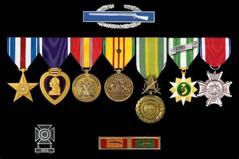 Vietnam Veteran 1959-1975 Bumper Sticker Flags Pin Us Navy