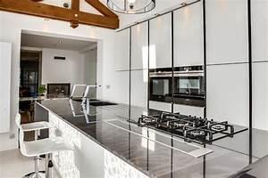 cuisine ilot central avec evier et cuisson With exceptional idee deco jardin contemporain 5 dilemme deco saloncuisine ouverte