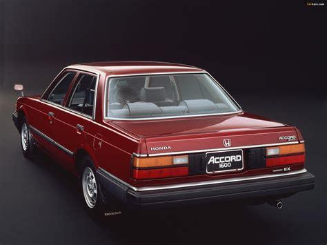 Honda Accord Sedan 1981–85 pictures (1920x1440)