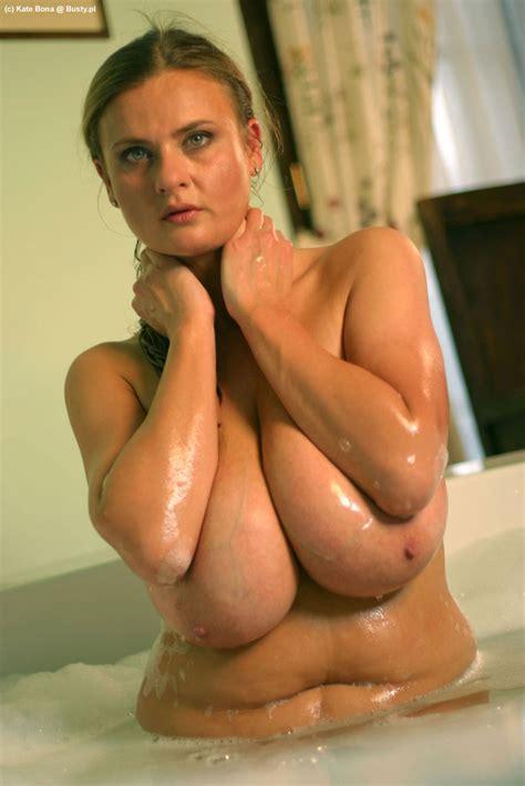 Kate Bona in bubble bath