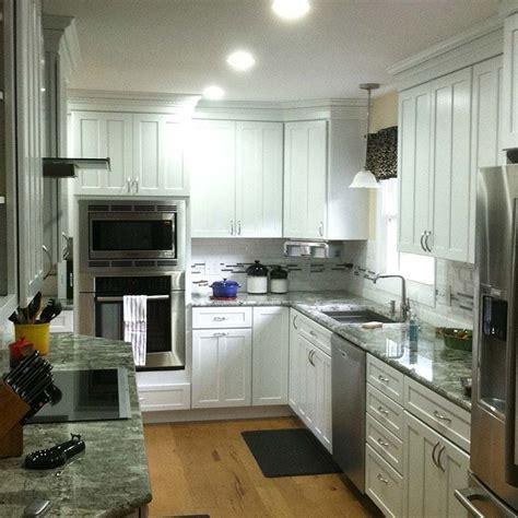kitchen construction  white kraftmaid cabinets