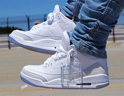 Air Jordan 3 Triple White •