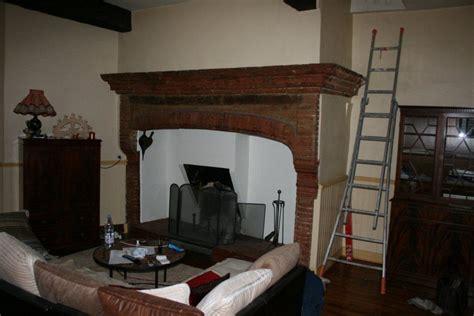 cheminee toulousaine en briques cantou artisan
