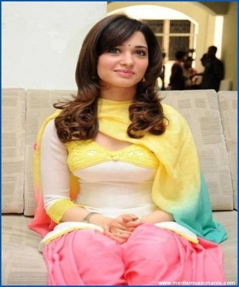 Beautiful Indian Girls Pictures Wallpapers Media Music Mania