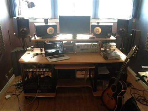 studio rta creation station studio desk cherry studio rta producer station image 1123624 audiofanzine
