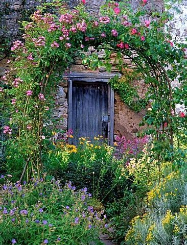 84 Best Images About Rosecovered Cottages On Pinterest