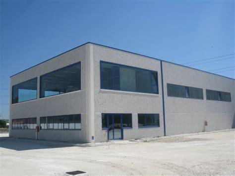 costo costruzione capannone prefabbricato prefabbricati capannoni industriali cemento armato