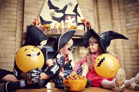 Kidfriendly Halloween Party Ideas That Aren't Scary