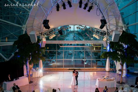 artsgarden wedding indianapolis in photographer