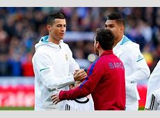 Fans loved this moment between Leo Messi & Cristiano