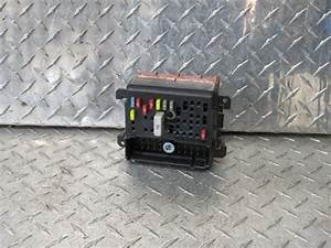 05 Pontiac Grand Am Right Fuse Box