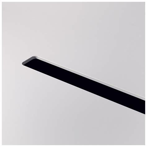 passage de cable bureau arki bureau design avec passage de câbles pedrali blanc