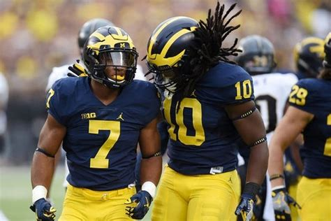 Michigan Football Insider: The Latest On Khaleke Hudson