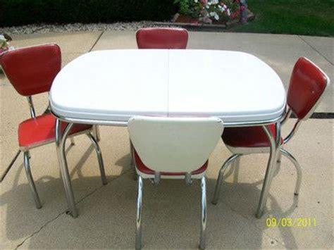 1950 chrome tables 1950 s dinette set coca cola colors