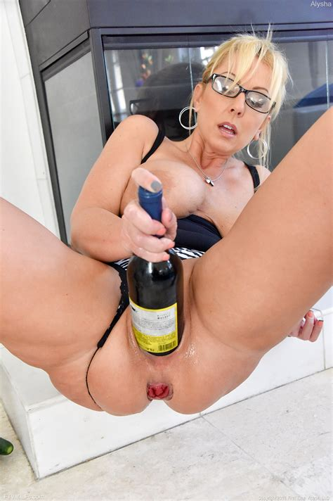 Buxom blonde milf stretches Cunt For Huge Dildo And Bottle Insertions