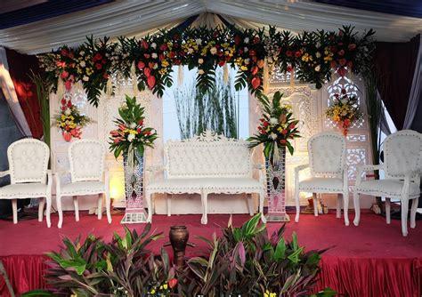 dekorasi pernikahan modern elegan minimalis terbaru