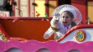 Rosen Zurückschneiden Wann Und Wie Weit : kamelle knigge festkomitee hammer karneval gibt vor rosenmontagszug merkblatt heraus karneval ~ Buech-reservation.com Haus und Dekorationen