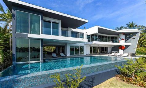 Modern Villa for Sale in Miami Beach   Modern Villas