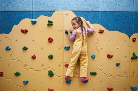 kletterwand kinderzimmer selber bauen kletterwand f 252 r das kinderzimmer bauen anleitung tipps heimwerkertricks net