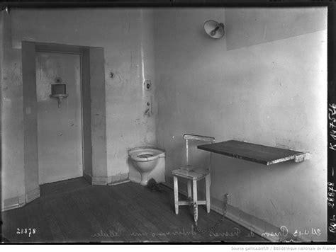 interieur d une prison 24 4 13 prison de fresnes int 233 rieur d une cellule photographie de presse agence rol