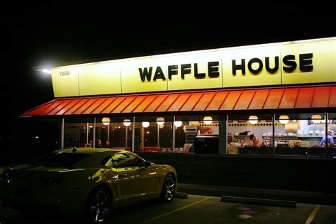 Waffle House Refused To Serve An Armed, Uniformed Us