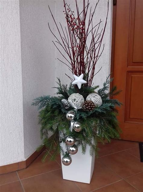 pin  cheryl beckman  boze narodzenie christmas urns