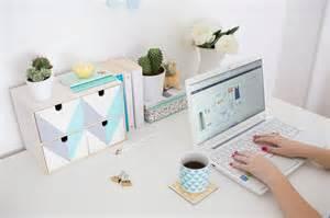 transformez ce rangement ikea pour embellir votre bureau