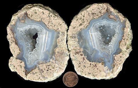 dwarves earth treasures thundereggs from hauser geode