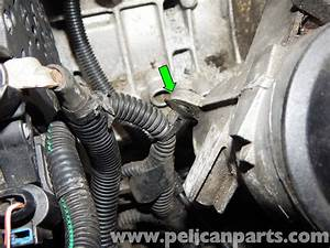 Volvo C30 Oil Filter Housing Replacement