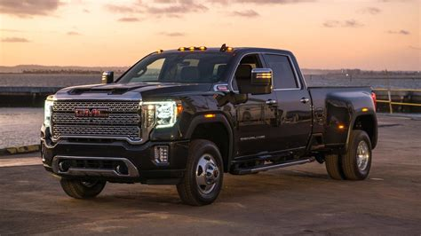 2020 gmc hd 2020 gmc heavy duty debuts with more technology