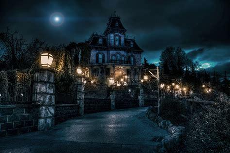 disneyland paris vers une nouvelle version de phantom manor disneyland paris bons plans